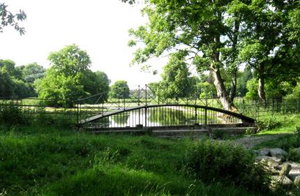 The River Misbourne at Missenden Abbey